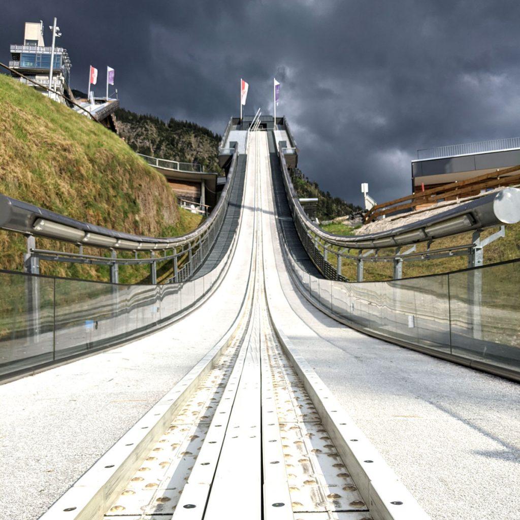 Ausblick auf die Schattenbergschanze_Kamerasystem Skispringen